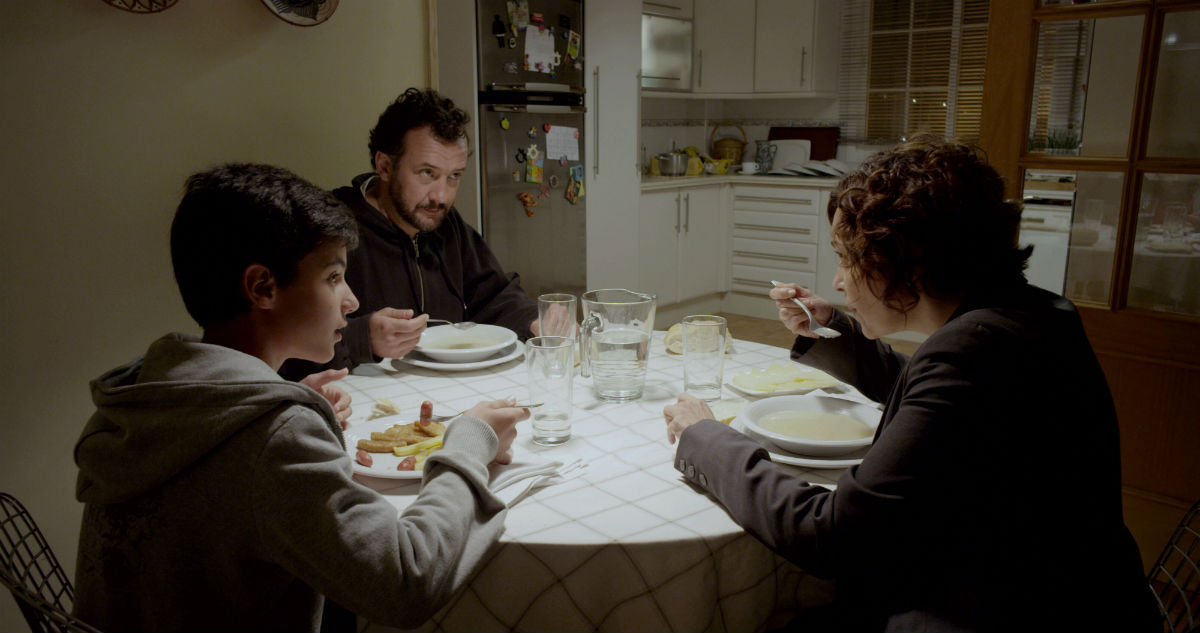 El país del miedo : Foto Cristina Plazas, José Luis García Pérez, Moisés Ortega