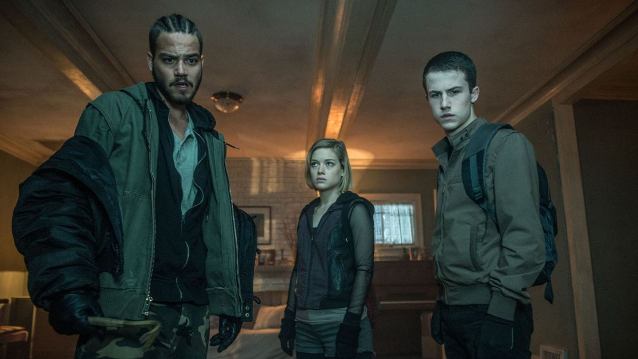 No respires : Foto Daniel Zovatto, Dylan Minnette, Jane Levy