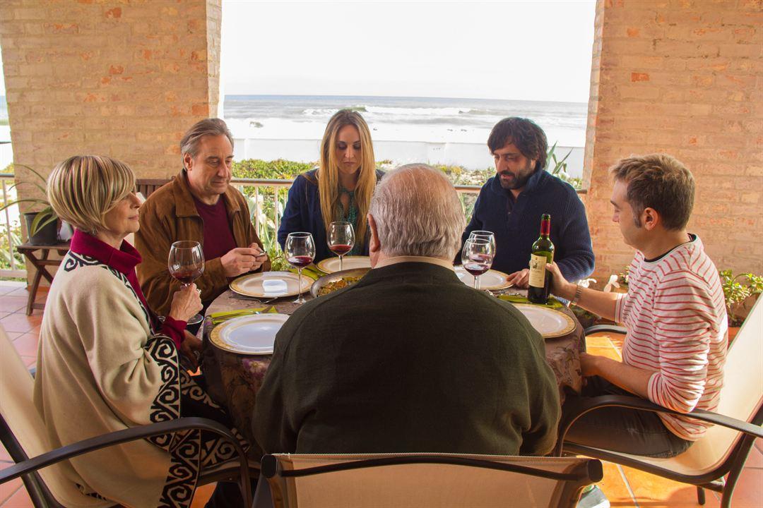 Juegos de familia : Foto Enrique Arce, Juanjo Puigcorbé, Juli Mira, Mireia Pérez, Sergio Caballero