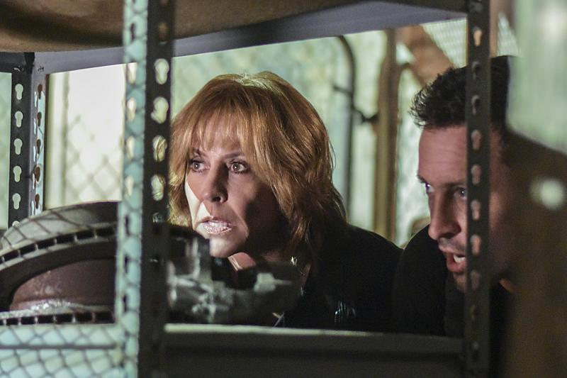 Foto Alex O´Loughlin, Christine Lahti