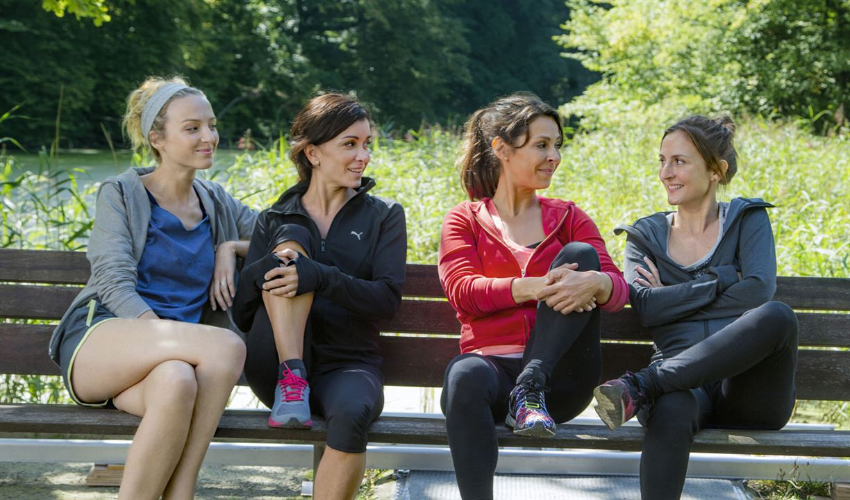 Entre ellas : Foto Camille Chamoux, Jenifer Bartoli, Stéphanie Crayencour, Tania Garbarski