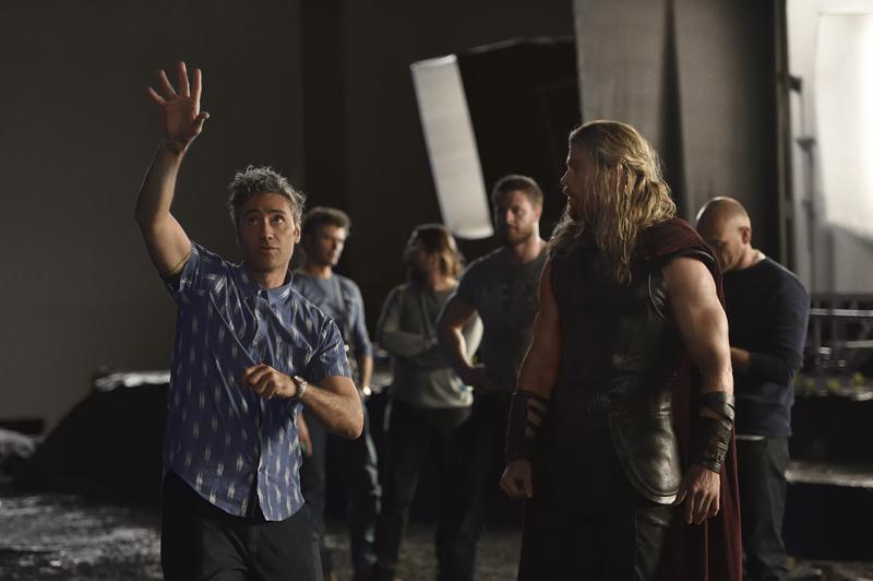 Thor 3: Ragnarok : Foto Chris Hemsworth, Taika Waititi