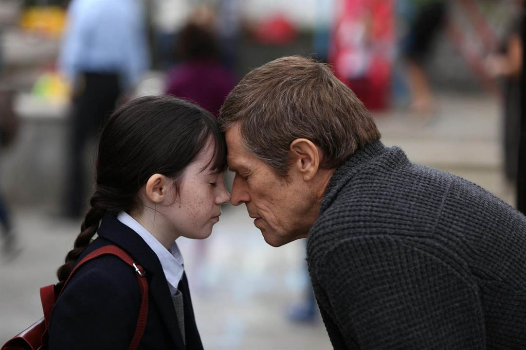 Siete hermanas: Willem Dafoe, Lara Decaro