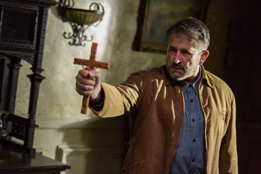 Annabelle: Creation : Foto Anthony LaPaglia