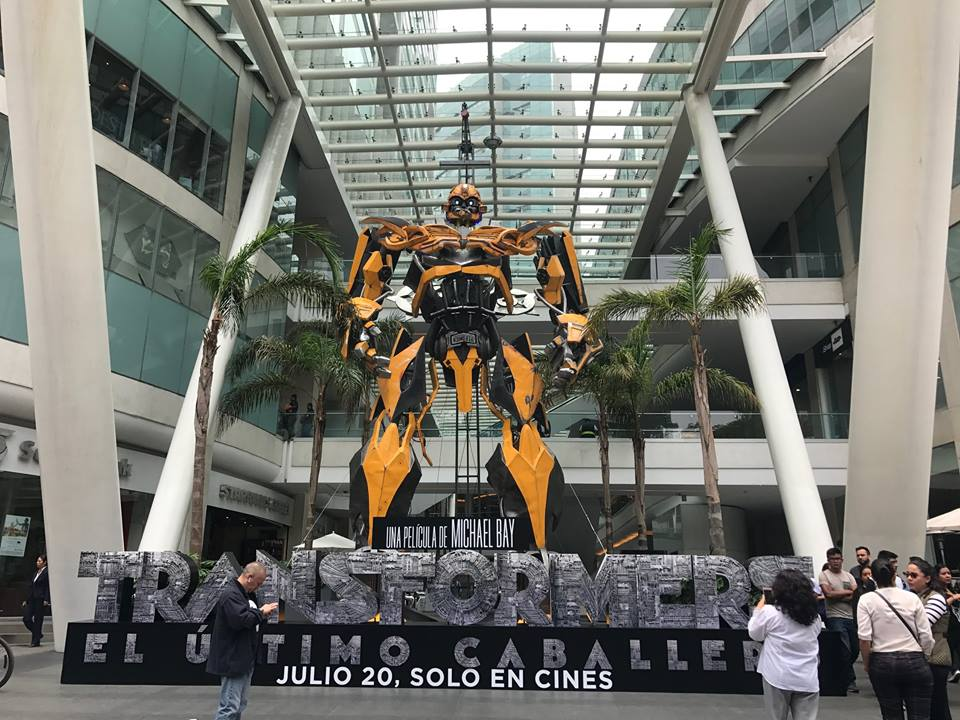 Transformers: El último caballero : Couverture magazine