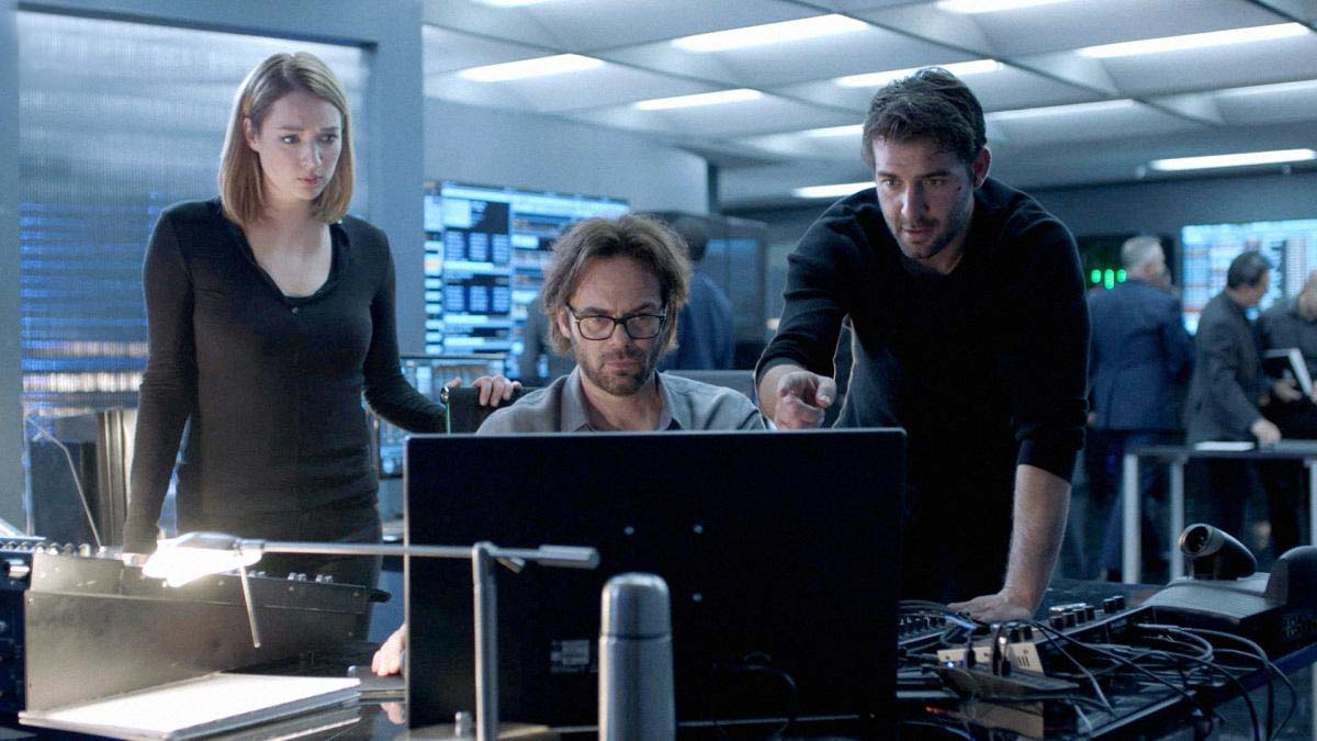 Foto Billy Burke, James Wolk, Kristen Connolly