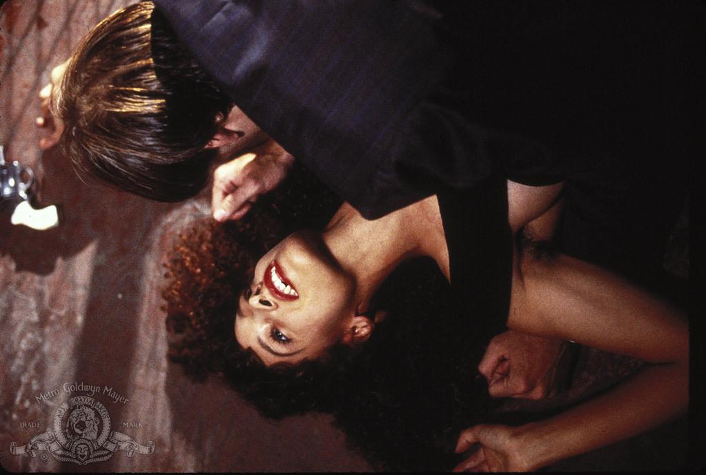 Besos de vampiro : Foto Jennifer Beals, Nicolas Cage