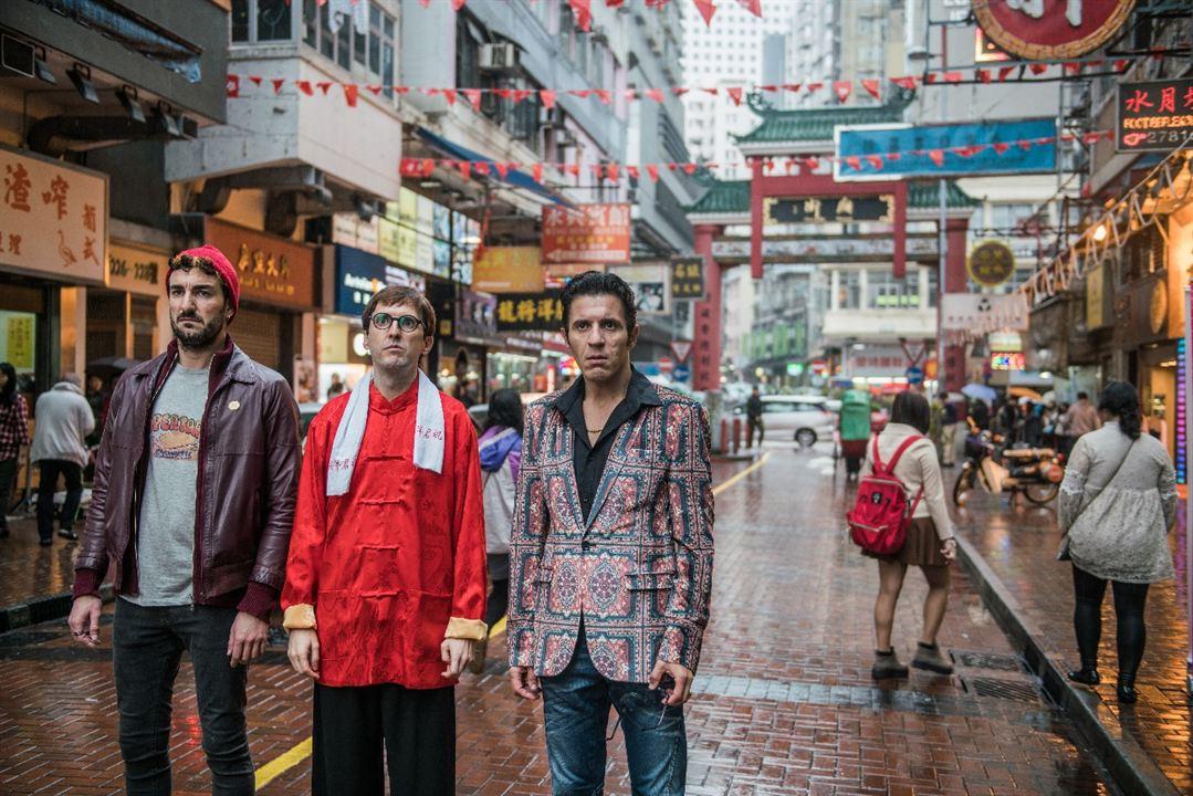 Perdiendo el este : Foto Julián López, Miki Esparbé, Younes Bachir