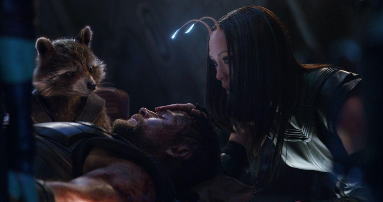 Vengadores: Infinity War : Foto Chris Hemsworth, Pom Klementieff
