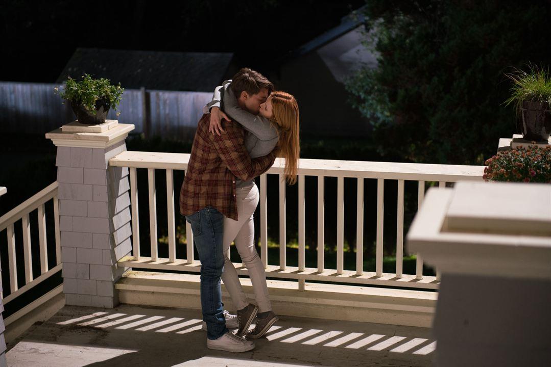 Amor a medianoche : Foto Bella Thorne, Patrick Schwarzenegger