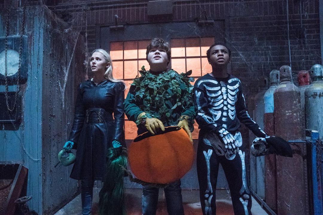 Pesadillas 2: Noche de Halloween : Foto Caleel Harris, Jeremy Ray Taylor, Madison Iseman