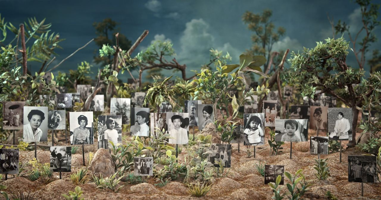 Graves Without a Name : Foto