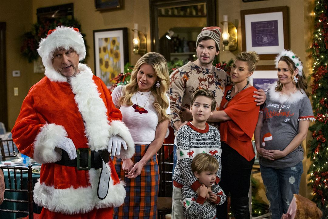 Foto Adam Hagenbuch, Andrea Barber, Candace Cameron Bure, Dave Coulier, Jodie Sweetin