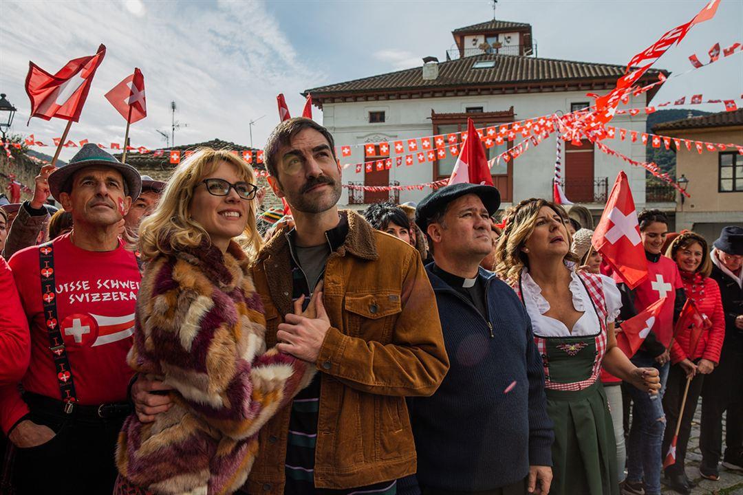 La Pequeña Suiza : Foto Jon Plazaola, Maggie Civantos, Secun de la Rosa