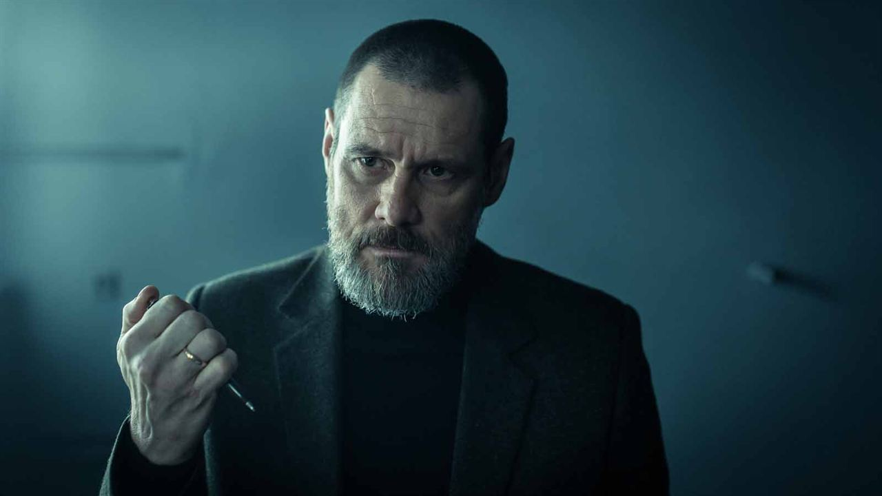 Dark Crimes: Jim Carrey