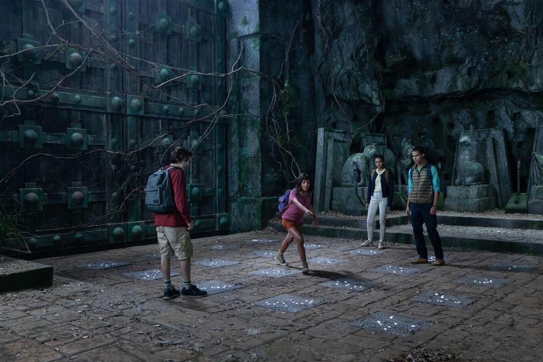 Dora y la Ciudad Perdida : Foto Isabela Moner, Jeffrey Wahlberg, Madeleine Madden, Nicholas Coombe