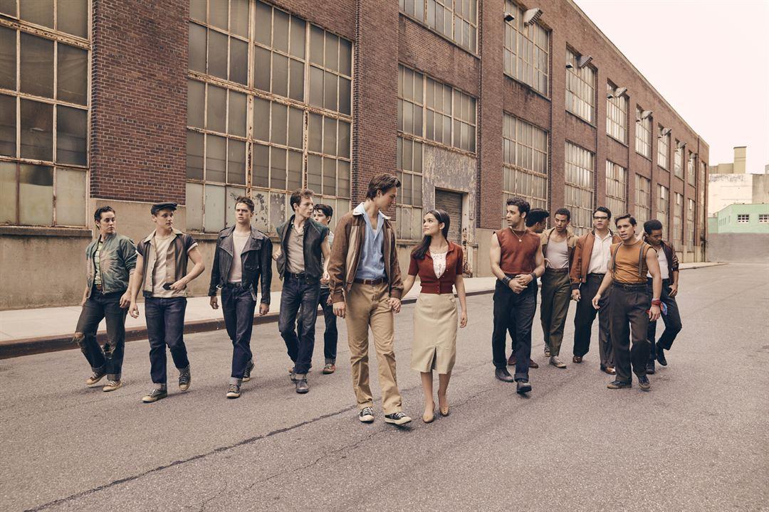 West Side Story : Foto Ansel Elgort, Ben Cook (XI), David Álvarez, Rachel Zegler
