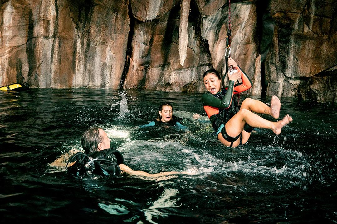 A 47 metros 2: El terror emerge : Foto Brec Bassinger, Brianne Tju, John Corbett