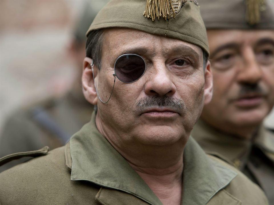 Mientras Dure la Guerra : Foto Eduard Fernández, Santi Prego