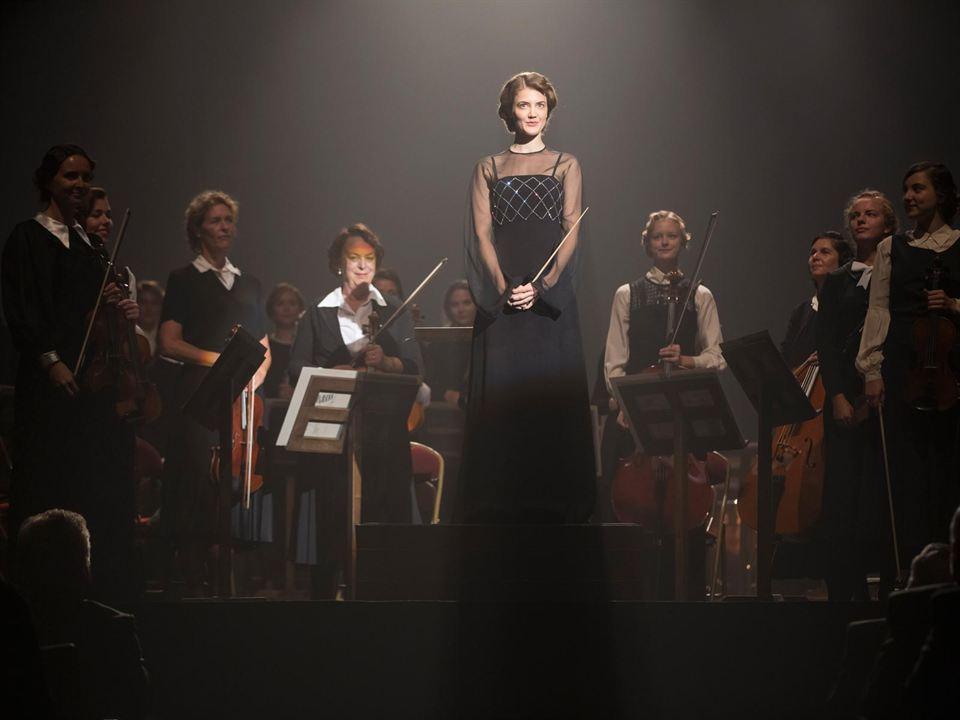 La directora de orquesta : Foto
