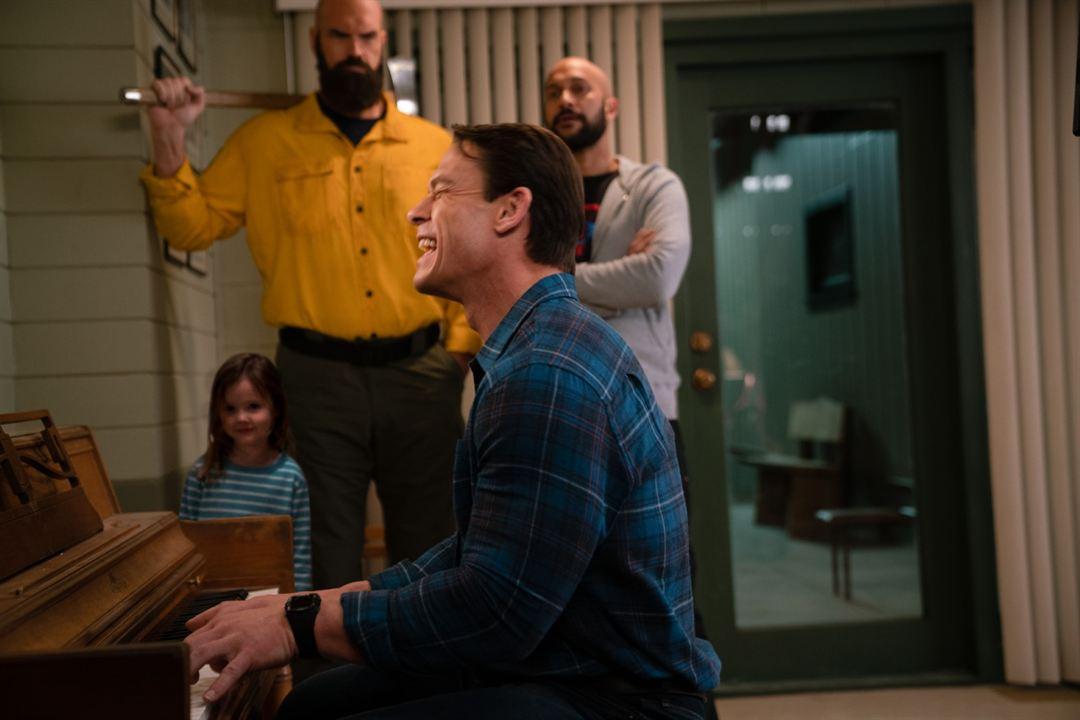 Jugando con fuego: Tyler Mane, Keegan-Michael Key, John Cena