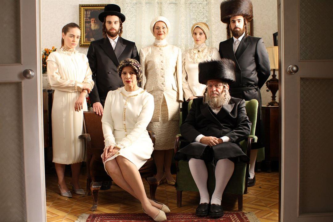 Llenar el vacío : Foto Chayim Sharir, Hadas Yaron, Ido Samuel, Irit Sheleg, Razia Israeli