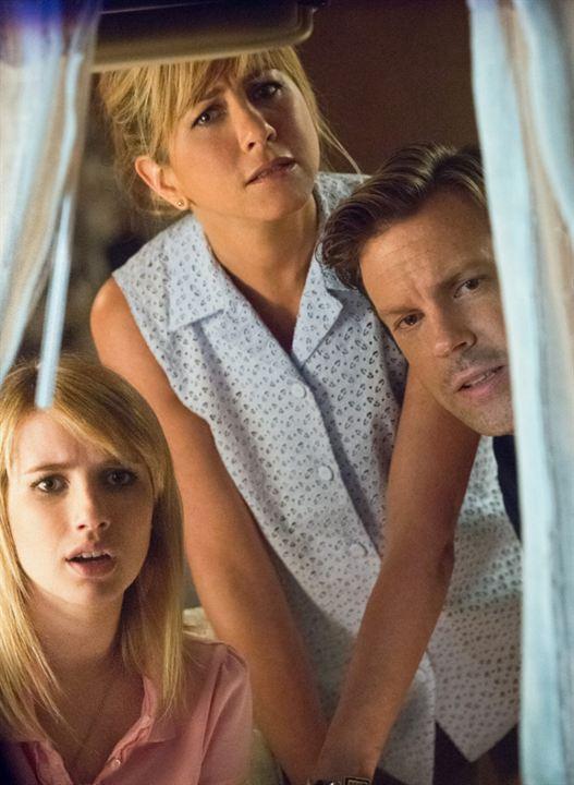 Foto Emma Roberts, Jason Sudeikis, Jennifer Aniston