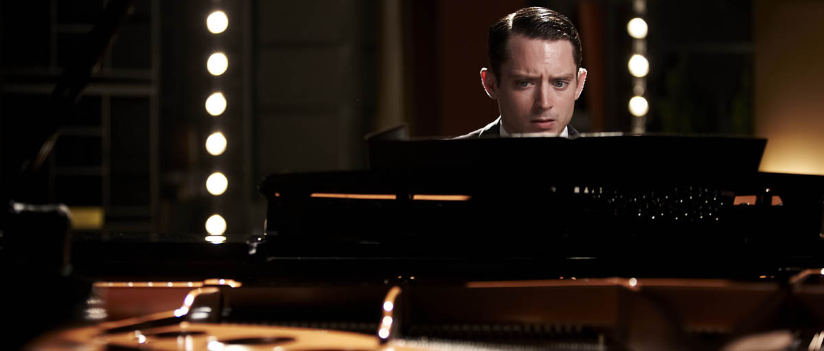 Grand Piano : Foto Elijah Wood