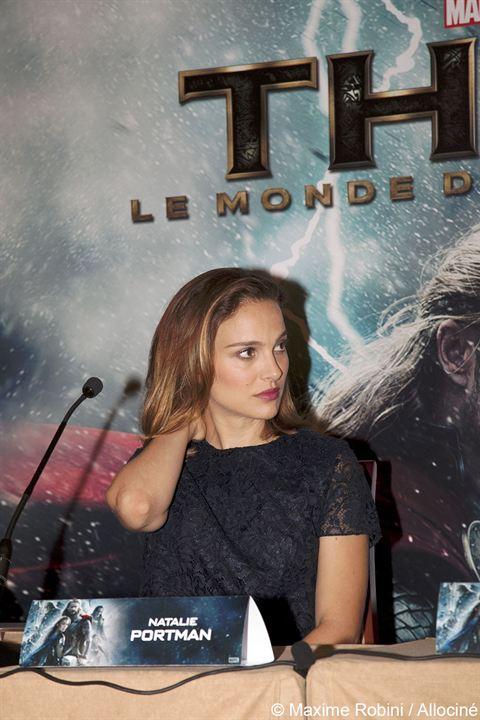 Thor: El mundo oscuro : Couverture magazine Natalie Portman