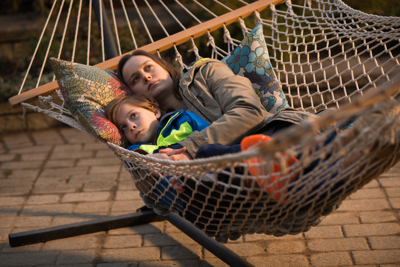 """Jacob Tremblay y Brie Larson en """"La habitación"""""""