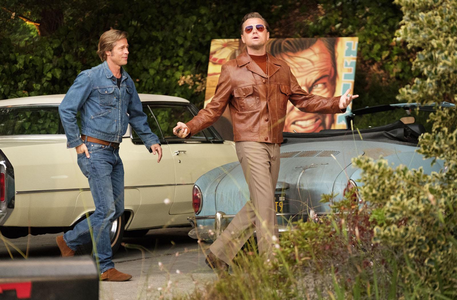Brad Pitt y Leonardo DiCaprio en Érase una vez en Hollywood
