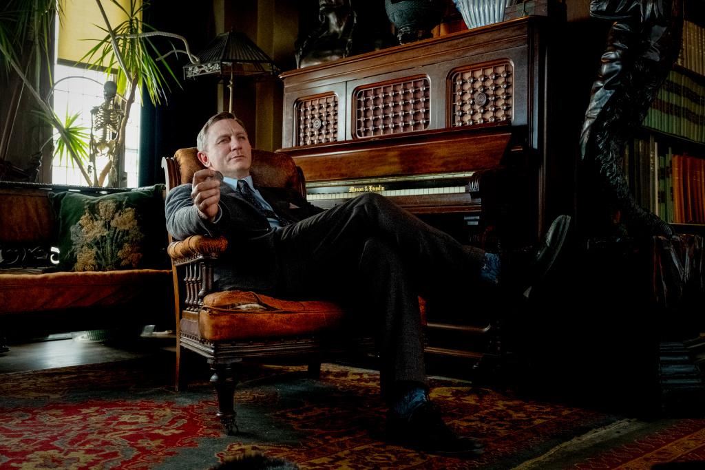 Benoit Blanc (Daniel Craig) en Puñales por la espalda