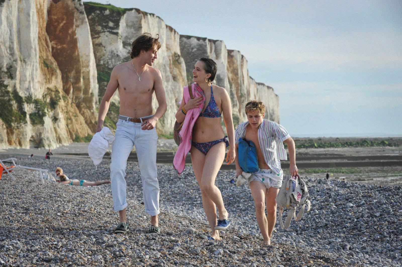 Verano del 85, escrita y dirigida por François Ozon