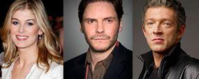 'Entebbe': Rosamund Pike, Daniel Brühl y Vincent Cassel podrían unirse al reparto
