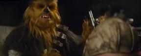 'Star Wars: El despertar de la Fuerza': Nueva escena eliminada con Chewbacca defendiendo a Rey