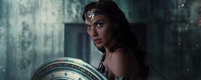 'Liga de la Justicia': Wonder Woman protagoniza el nuevo 'teaser' y póster de la película