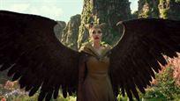"""Angelina Jolie y Michelle Pfeiffer, """"la noche y el día"""" en 'Maléfica: Maestra del mal'"""