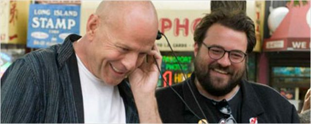 Kevin Smith carga contra Bruce Willis