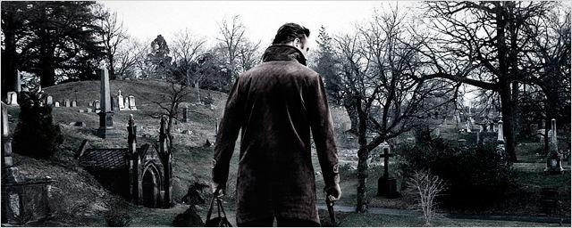 'Caminando entre las tumbas' llega a los cines españoles cargada de acción