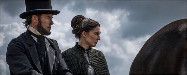 Nuevo tráiler internacional de 'Brimstone', con Jon Nieve y Melisandre de 'Juego de tronos'