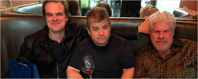 'Hellboy: Rise of the Blood Queen': Ron Perlman y David Harbour quedan para cenar junto a Patton Oswalt