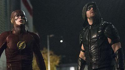 Imágenes del capítulo 'crossover' entre 'The Flash' y 'Arrow'
