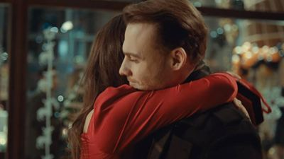 'Love is in the air': Serkan Bolat, buscado por la policía