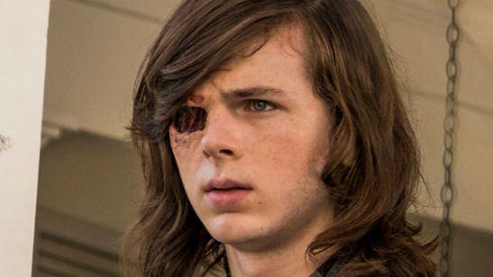 'The Walking Dead': Rick ayuda a Carl en las primeras imágenes de la segunda mitad de la octava temporada