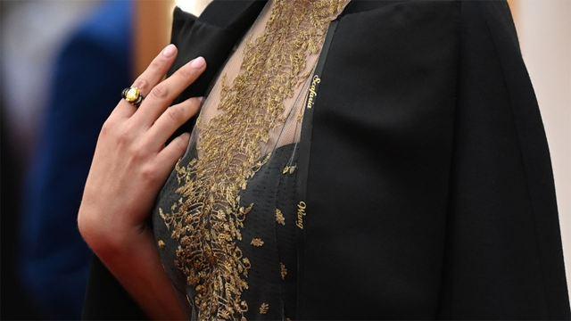 Oscar 2020: Natalie Portman ha llevado una capa con los nombres de las directoras que no han sido nominadas