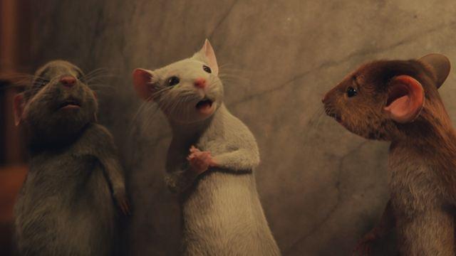 'Las Brujas (de Roald Dahl)': Kristin Chenoweth convirtió su vestidor en un estudio para su trabajo como la ratoncita Daisy