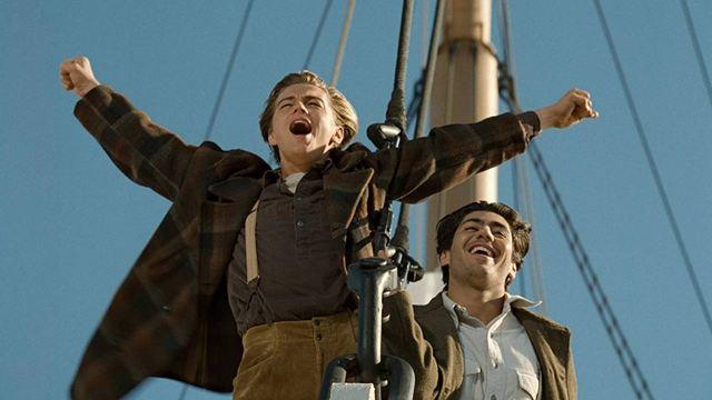"""La historia detrás de la mítica """"Soy el rey del mundo"""" de 'Titanic': Fue improvisada y DiCaprio no quería hacerla"""