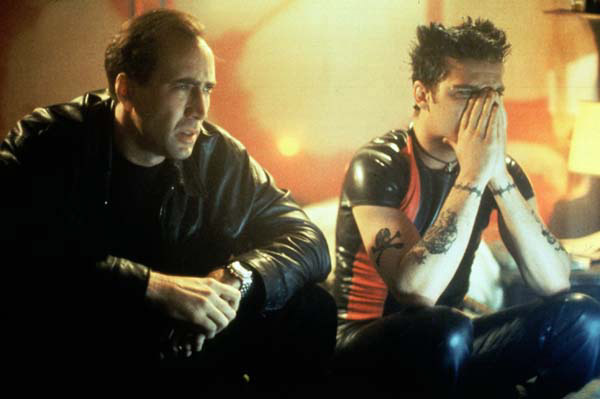 Asesinato en 8 MM: Joaquin Phoenix, Nicolas Cage