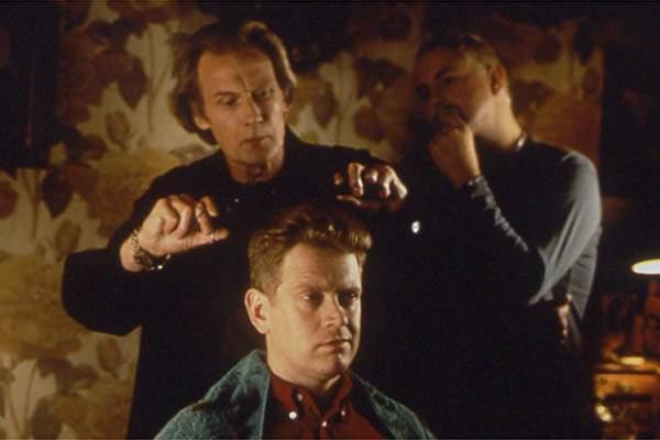 Éxito por los pelos: Bill Nighy, Paddy Breathnach