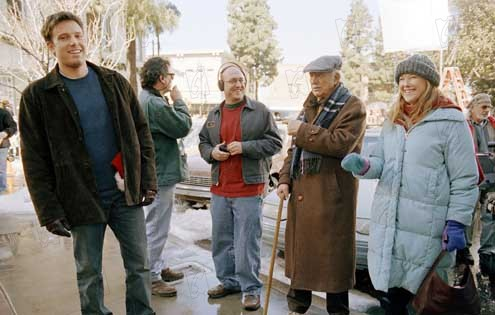 Sobreviviendo a la Navidad: Mike Mitchell (V), Catherine O'Hara, Ben Affleck, Bill Macy